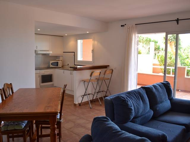 Peaceful ground floor apartment in Torre Soli